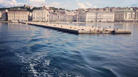 Dove Andare Al Mare A Trieste I Consigli Del Victoria Sulle
