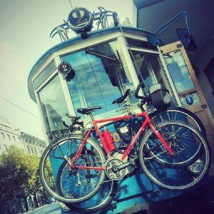Tram di Opcina con bici